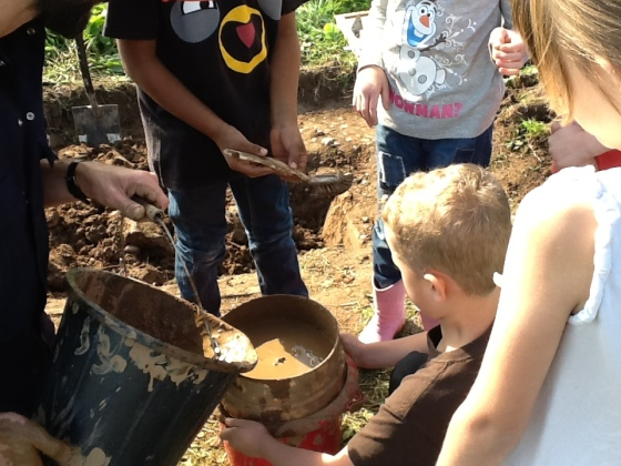 Sieving at Woodrow First School 2016