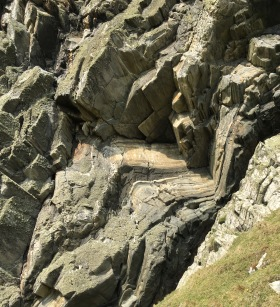 Rock strata at Granny's Rock, Machir Bay... source of rock dust for glaze making