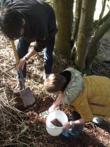 Digging clay with local children - Newbold Comyn, Leamington Spa
