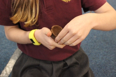Year 5 project - making oil lamps with local clay